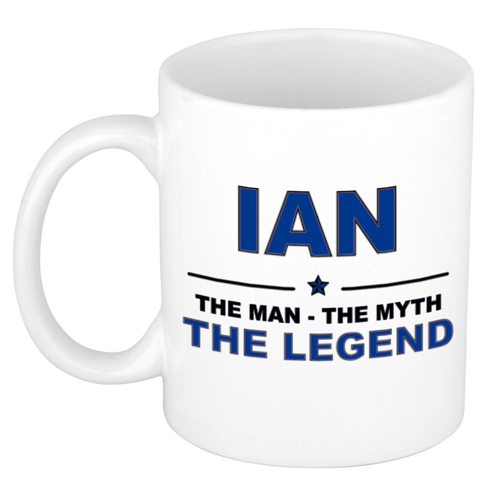 Ian The man, The myth the legend pensioen cadeau mok/beker 300 ml