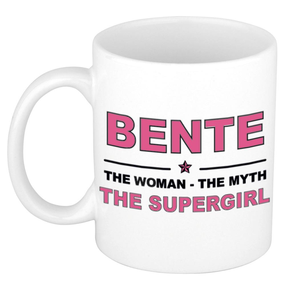 Bente The woman, The myth the supergirl pensioen cadeau mok/beker 300 ml