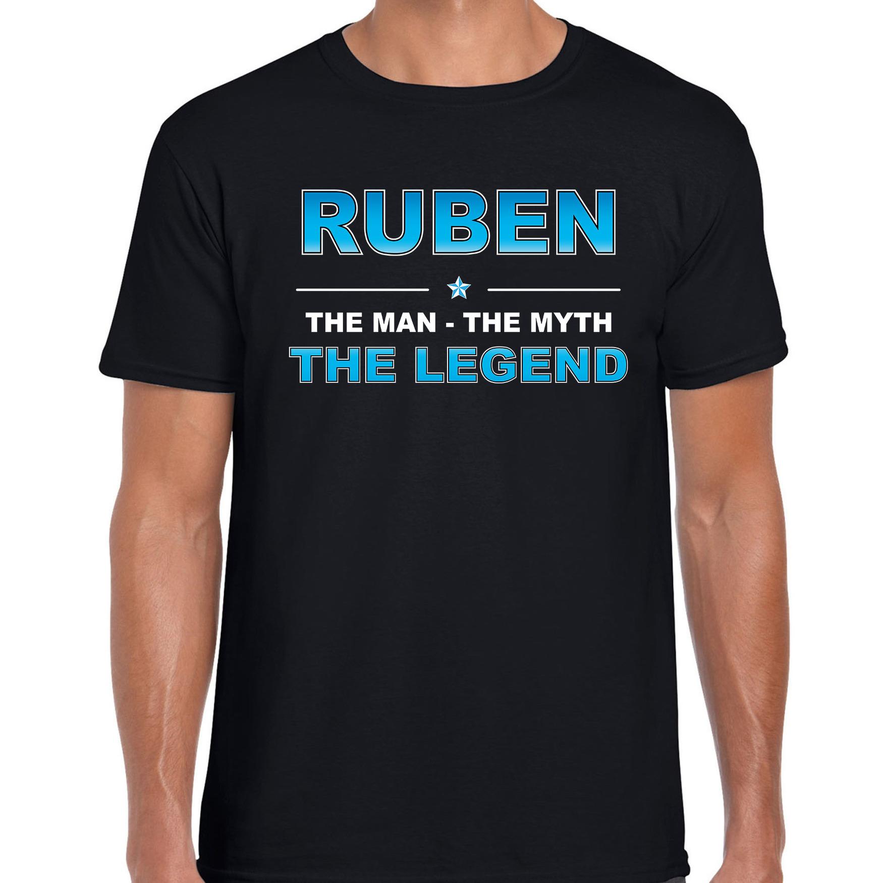 Naam cadeau t-shirt Ruben - the legend zwart voor heren