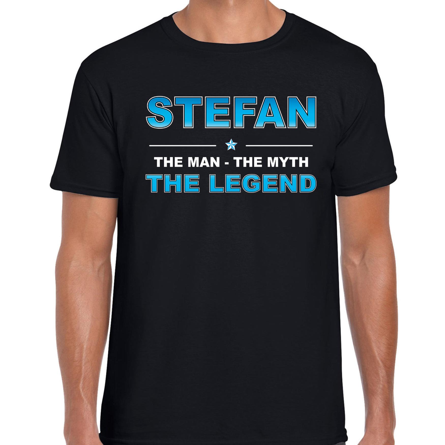 Naam cadeau t-shirt Stefan - the legend zwart voor heren