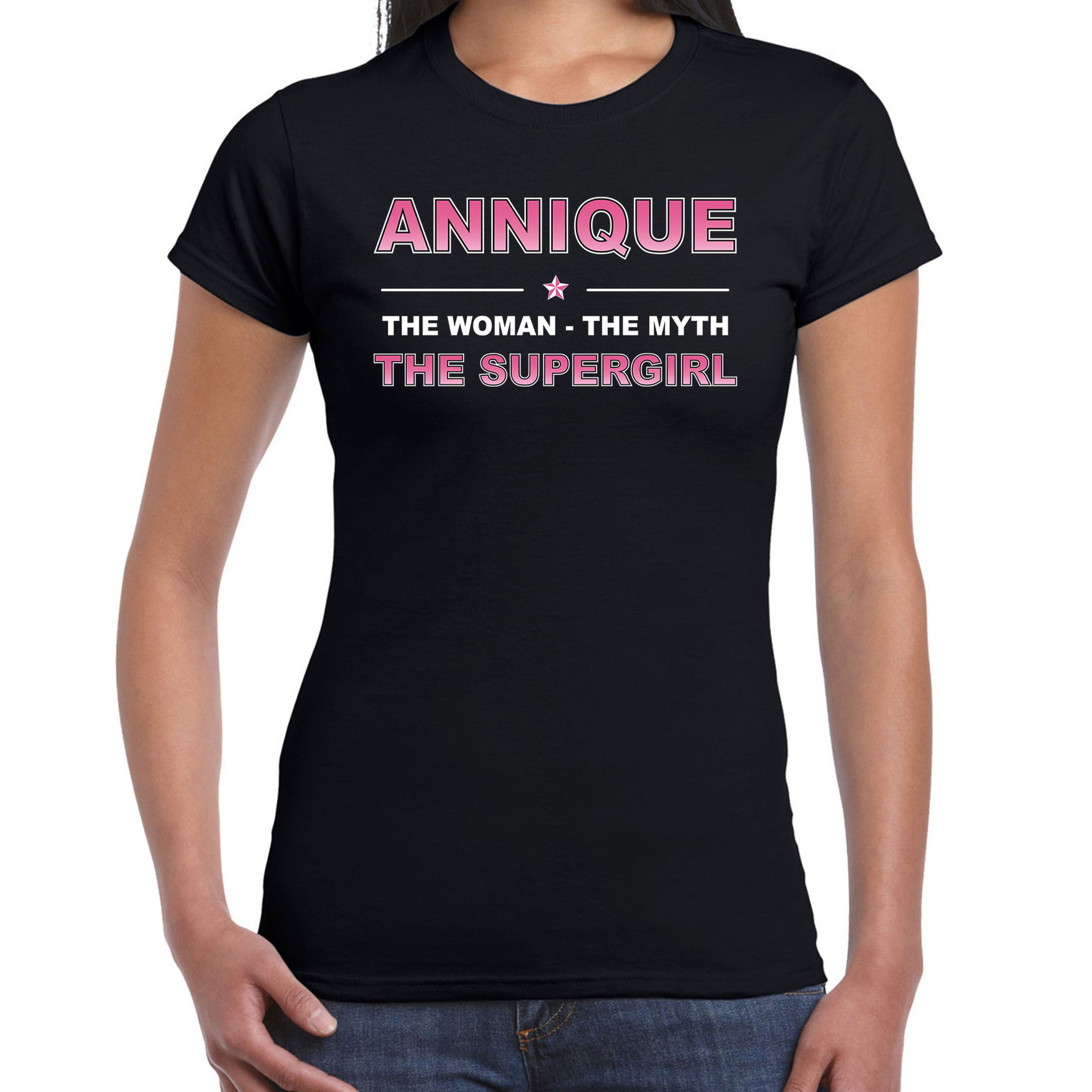 Naam cadeau t-shirt / shirt Annique - the supergirl zwart voor dames