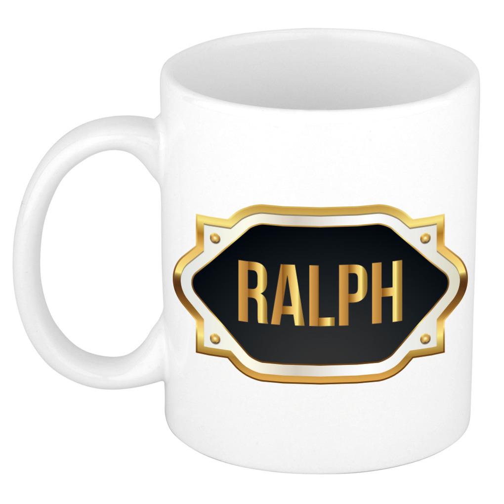 Naam cadeau mok / beker Ralph met gouden embleem 300 ml