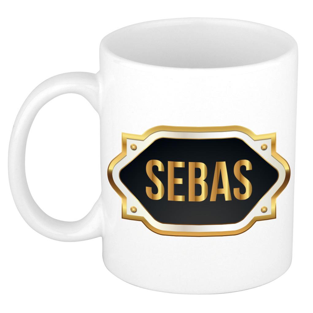 Naam cadeau mok / beker Sebas met gouden embleem 300 ml
